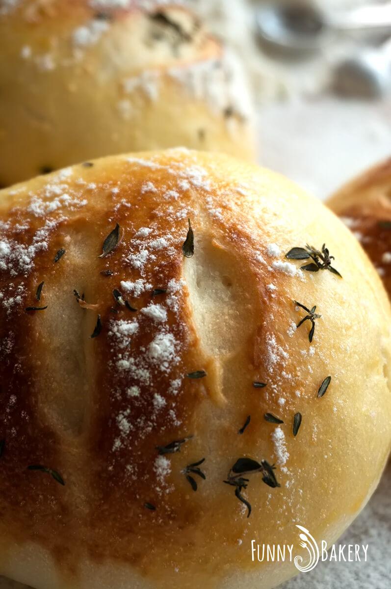 Френски хлебчета с мащерка - фронтално