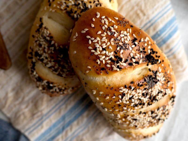 Мини млечни хлебчета - превю