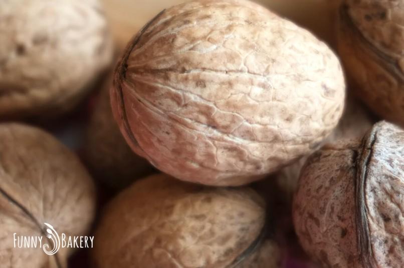 Пълнени чери домати 'Лалета' - орехчета