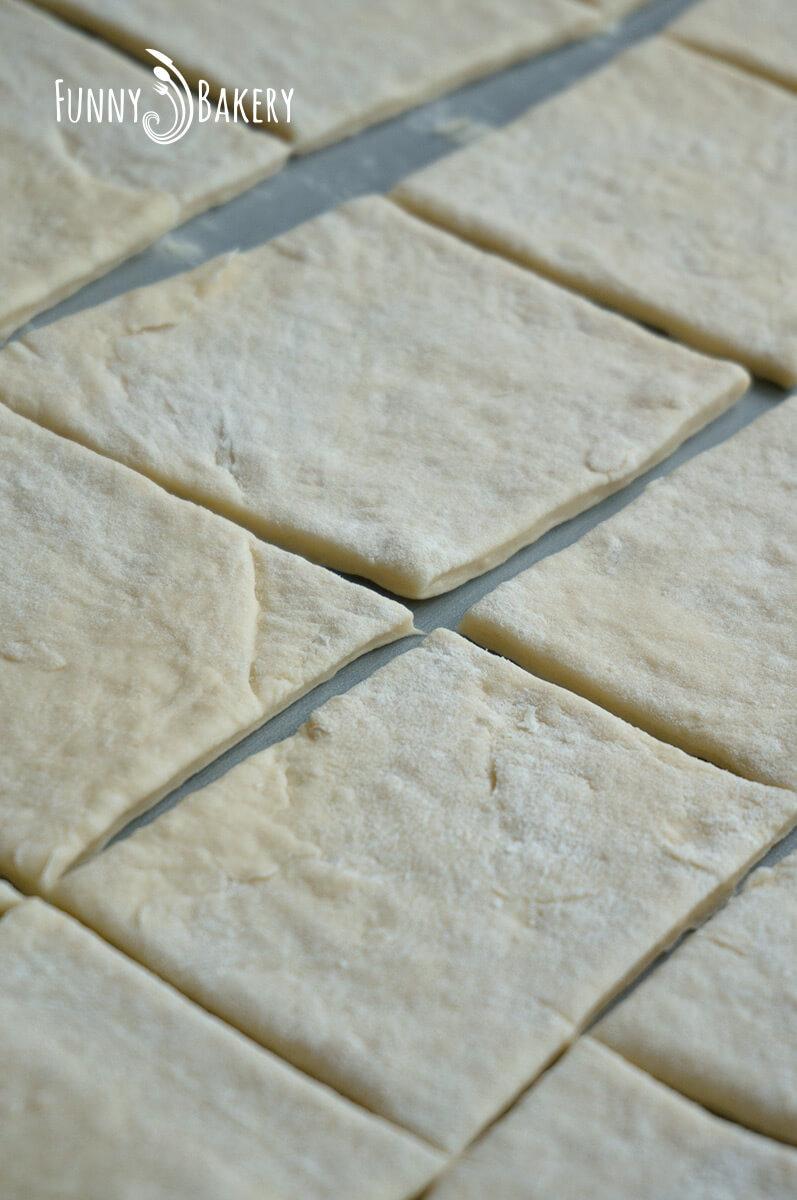 Пържени питки за закуска - тестото