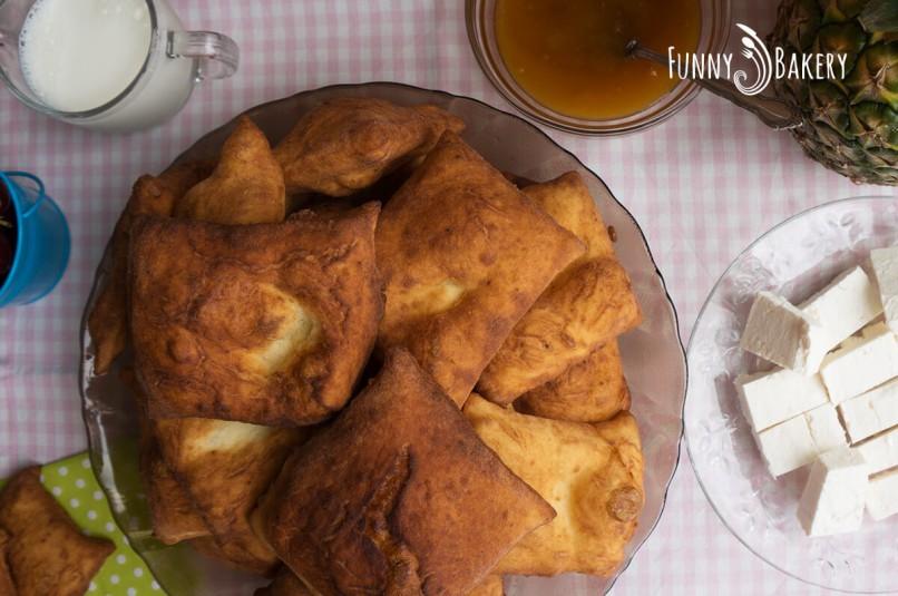 Пържени питки за закуска - отгоре