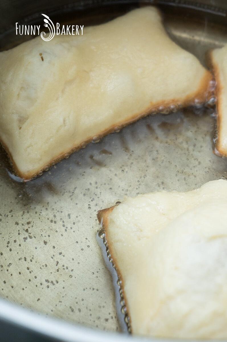 Пържени питки за закуска - пърженето
