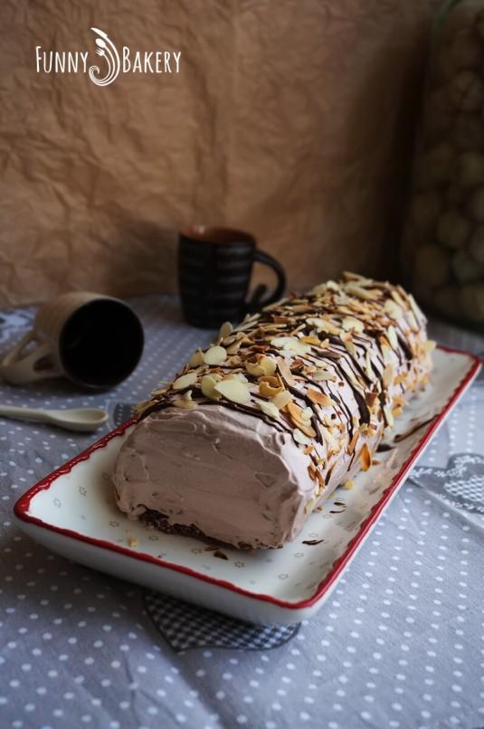Какаово руло с течен шоколад - цяло