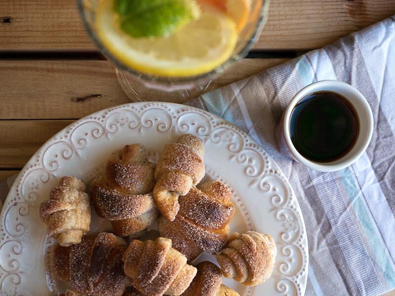 С Надето в кухнята – Пълнозърнести кифлички с ябълков мармалад - превю