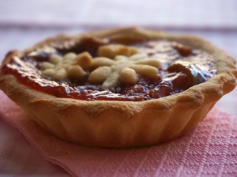 Мини пайове със сладко от смокини - превю