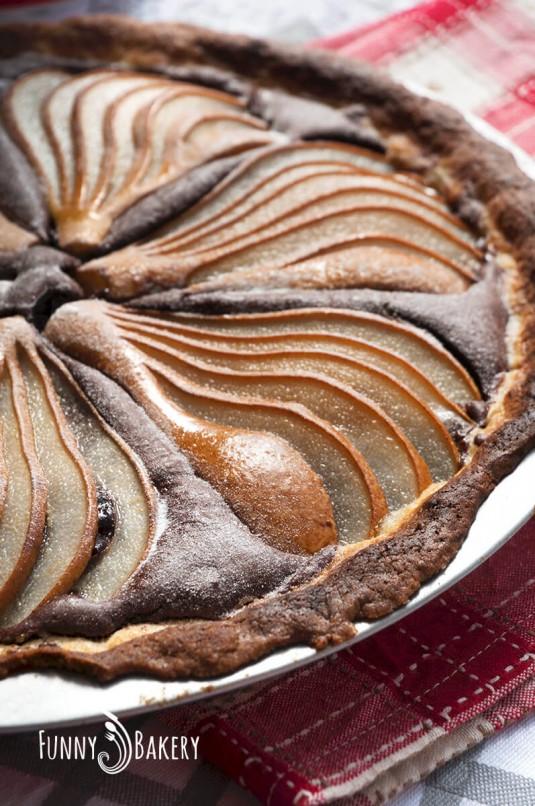 Тарт с какао и круши