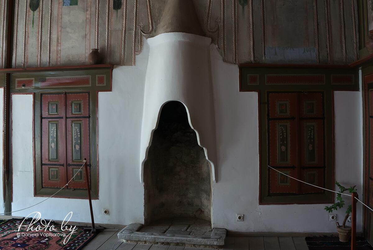 Кордопуловата къща - домашното огнище