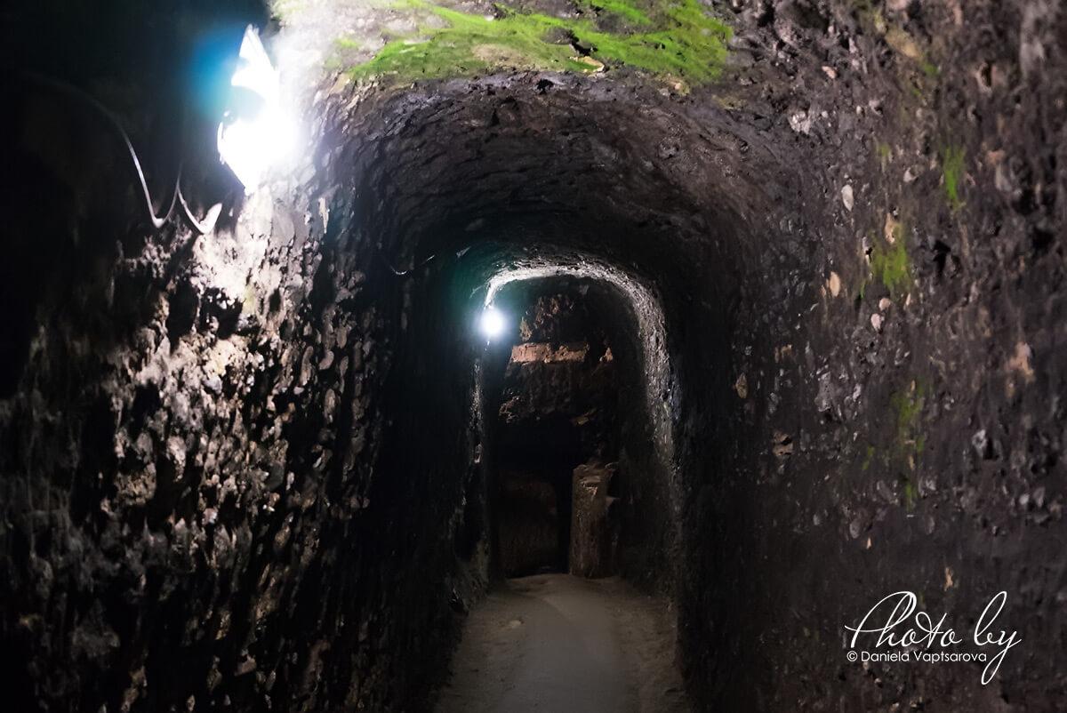 Кордопуловата къща - тунела