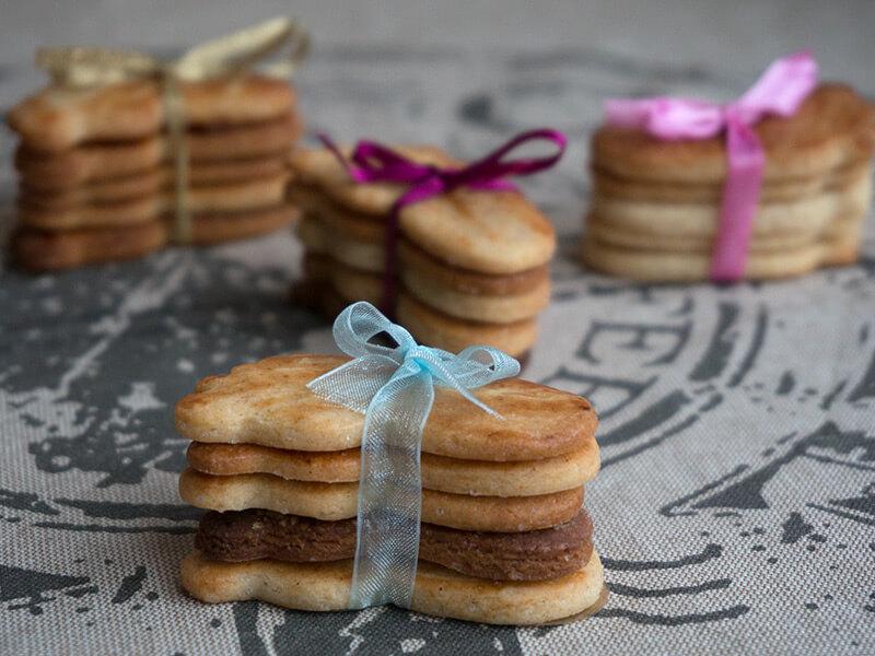 Моите вкусни медени бисквитки - превю