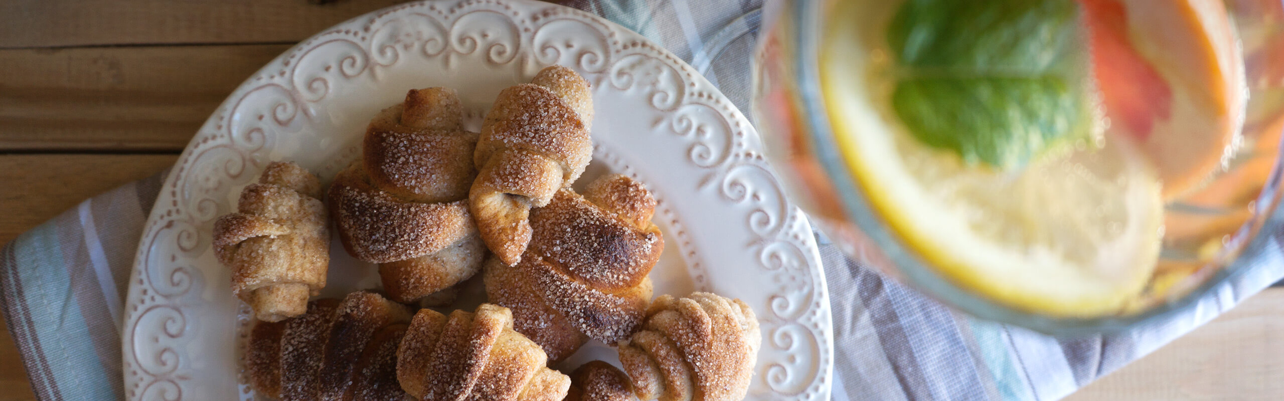 С Надето в кухнята – Пълнозърнести кифлички с ябълков мармалад