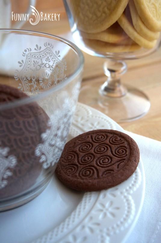 Три вида бисквити – маслени, какаови и орехови_002
