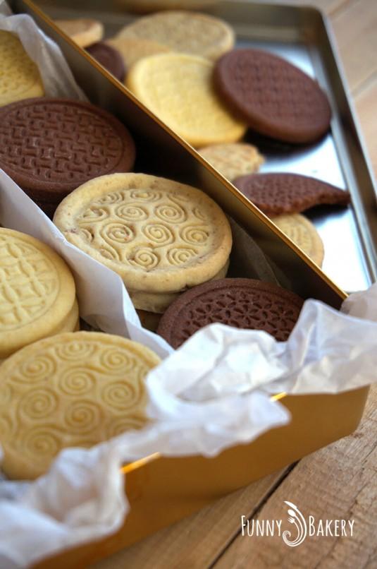 Три вида бисквити – маслени, какаови и орехови_006
