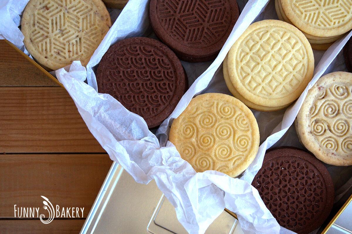 Три вида бисквити – маслени, какаови и орехови_008