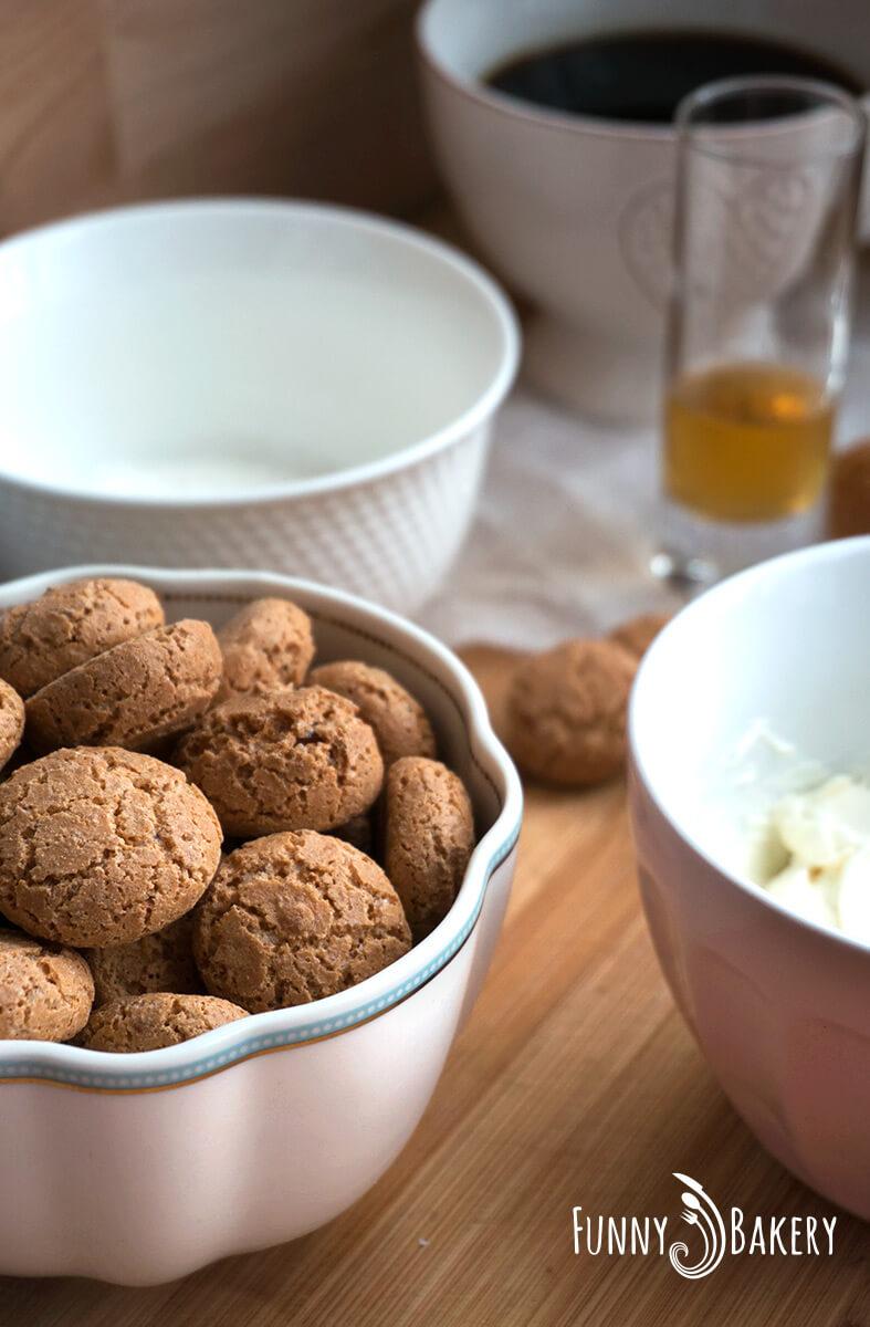 Сладки с Амарети продукти 1