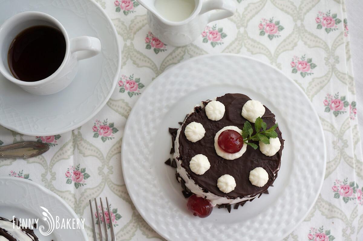 Шоколадова торта с череши - 006