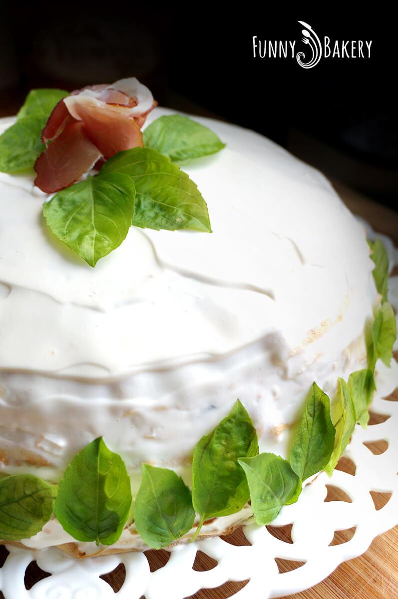 Солена палачинкова торта 02
