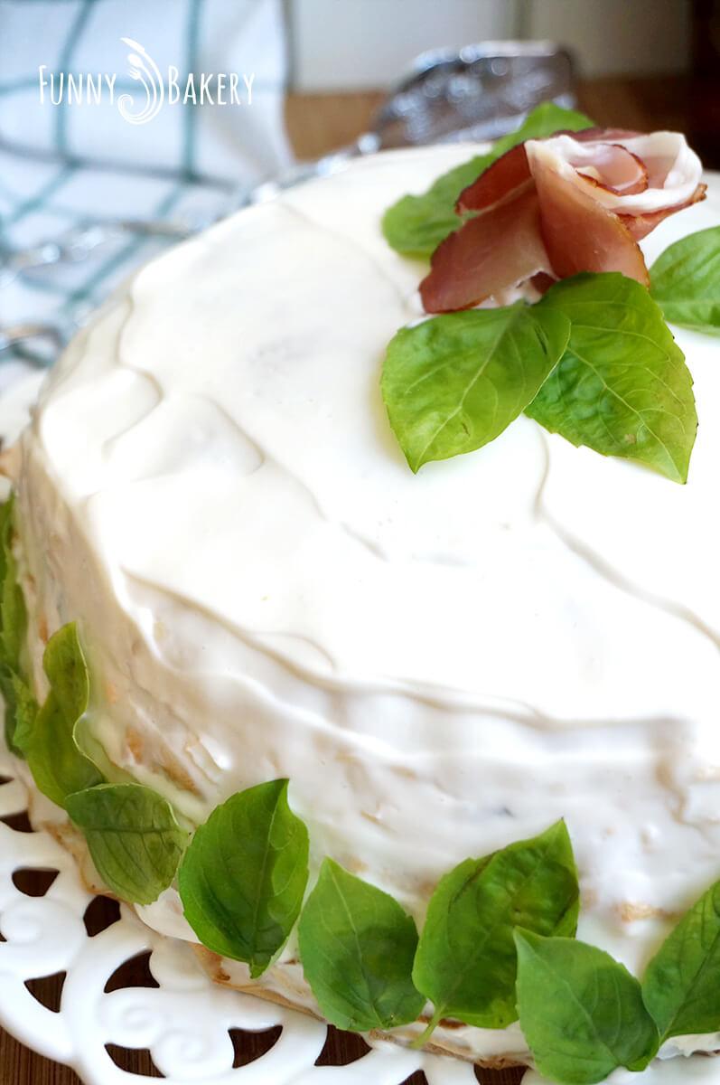 Солена палачинкова торта 05
