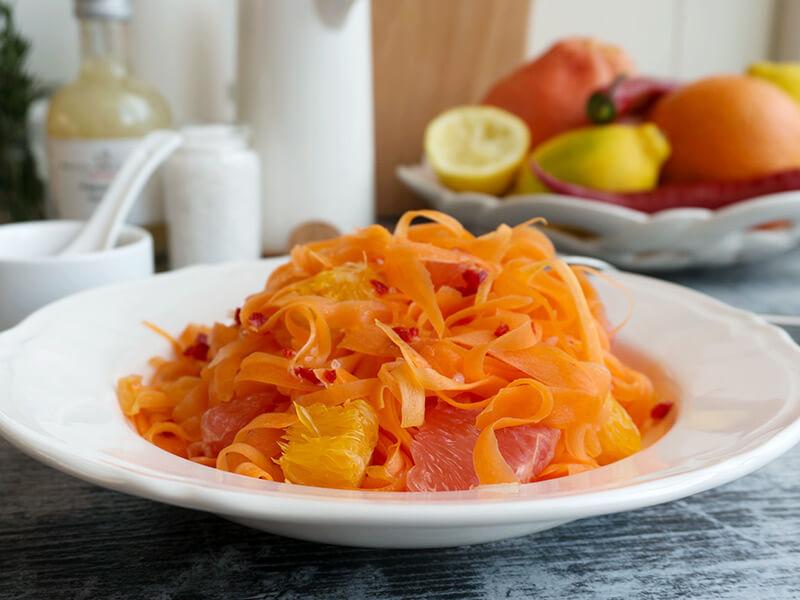Морковена салата с цитруси превю