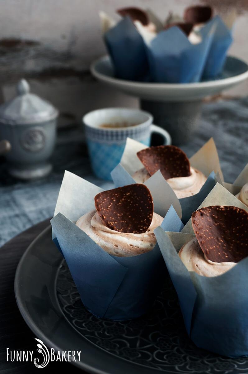 Ванилови къпкейкове с шоколадов пудинг_003