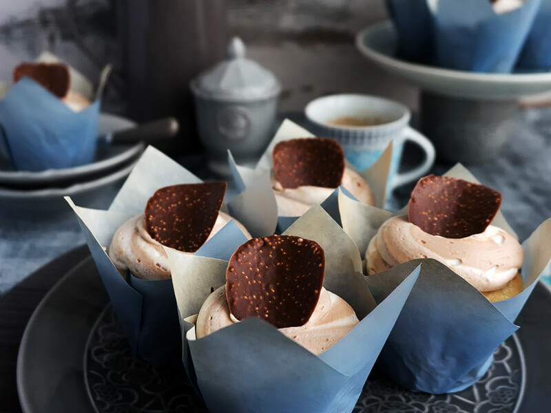 Ванилови къпкейкове с шоколадов пудинг - превю