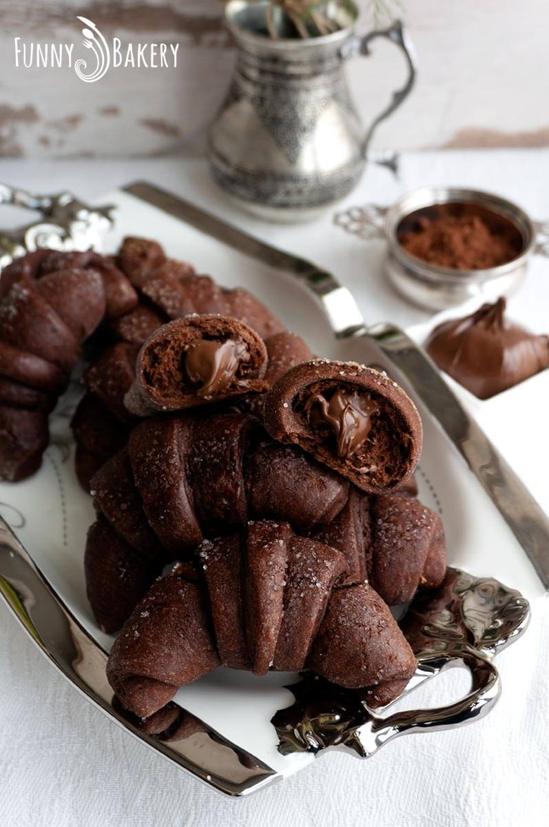 Шоколадови кифлички с Нутела - 004